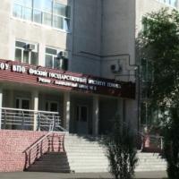 Омский институт сервиса потребовал снести прокурорские гаражи