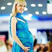Для беременных омичек откроется питерская галерея