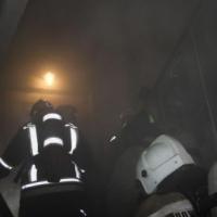 Пожарные спасли 27 жильцов омской многоэтажки