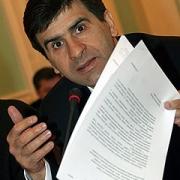 Зуга заменил Аслаханова в сенате
