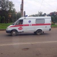 В соцсети появилась видеозапись тройного ДТП на Звездова в Омске