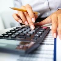 В Омской области бухгалтера подозревают в хищении 400 тысяч рублей