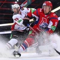 «Авангард» уверенно обыграл «Локомотив»