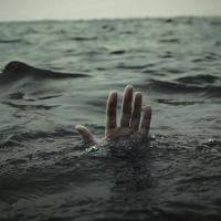 35-летний житель Омской области утонул при попытке сбежать от жены