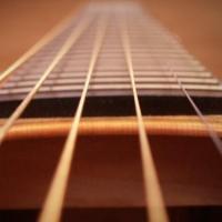 Выбор гитарных струн – толщина сечения и материал изготовления