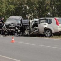 Лобовое ДТП под Омском унесло жизни троих человек