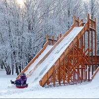 В последний месяц зимы в Омске установили горки