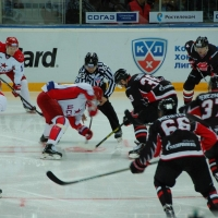 Омский «Авангард» ждет возвращения Попова и Червенки