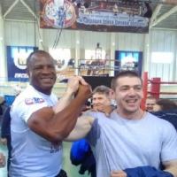 Омские боксеры получили медали из рук Феликса Савона