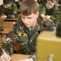 Омские студенты смогут совмещать службу в армии с учёбой