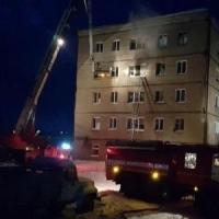 Студента из сгоревшего общежития под Омском обвиняют в уничтожении имущества