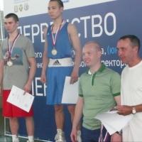 Три омских боксера стали победителями первенства Сибири