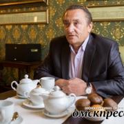 """Валерий Лось: """"Политика всех достала"""""""