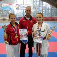 Омские каратистки привезли домой медали с Российской Спартакиады