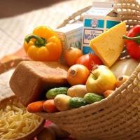 В Омской области за неделю подешевели помидоры и огурцы