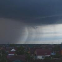 Рабочая неделя в Омской области началась с сильных дождей