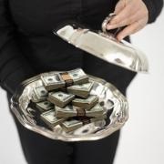 Малый бизнес Омска поддержат субсидиями и премиями