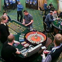 В Омске четверо новосибирцев организовали казино на Левобережье