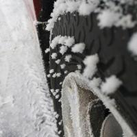 МЧС посоветовало омским автолюбителям заменить резину