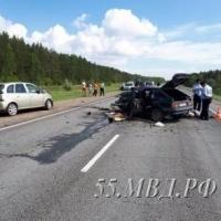 В страшном ДТП на трассе Омск - Черлак погибли 2 человека (видео)