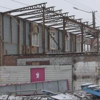 В Омске сносят скандально известное кафе «Космос»