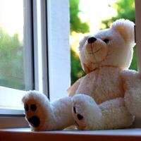 В Омске ребенок упал с 6 этажа и остался жив