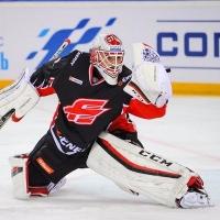 «Авангард» разгромно проиграл «Витязю» в КХЛ