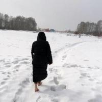 Девушка получила обморожение, пройдя почти 8 км до своей деревни в Омской области
