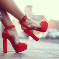 Женская обувь — изюминка в дамском гардеробе