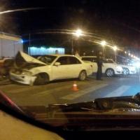 В Омске в результате ДТП девушку зажало в салоне автомобиля