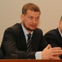 Заммэра Омска купил участок под строительство дома