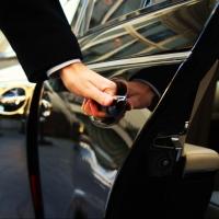 Убыточное омское ПАТП-4 ищет авто с водителем за 300 тысяч