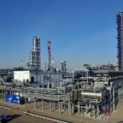 Омский нефтеперерабатывающий завод начал использовать изомеризат при производстве бензинов