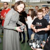 Бурков назвал мэра Омска Фадину крестной мамой ИТ-форума