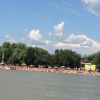 Пять городских пляжей откроют после спада воды в Иртыше