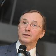 Николай Бурляев привез омичам непрокатное кино