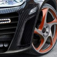 Тюнинг авто карбоном: красиво и надежно