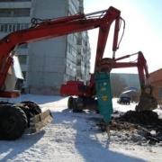Ремонтники омского водоканала оперативно ликвидируют последствия весенней подвижки грунтов