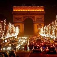 Новогодняя романтика Парижа