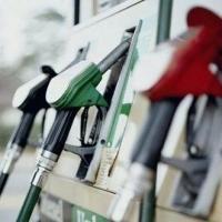Цены на бензин в Омске растут на глазах