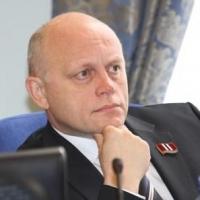 Виктор Назаров: если бы налоги платились там, где находятся производства