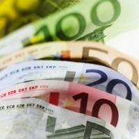 Омские банки начали продавать евро по 150 рублей