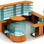 Стеклянные витрины – красивое и удобное украшение любого заведения!