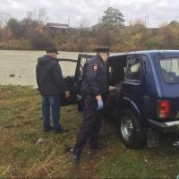 В Омской области из реки выловили Ниву с пропавшим человеком