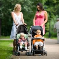 Какие детские коляски сегодня пользуются популярностью у современных родителей