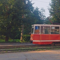 На Учебной в Омске уложили бесшумные рельсы для трамваев