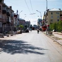 В Омске на улице Ленина обновят ограждения и пересадят шаровидные ивы