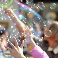 Что необходимо для шоу мыльных пузырей?