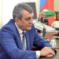 Сергей Меняйло взял на контроль омскую вонь