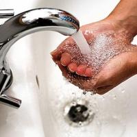 Омичи экономили и не лили зря воду перед 1 сентября